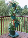 My Garden Post Vertical Growing System With Drip Irrigation - Hunter Green