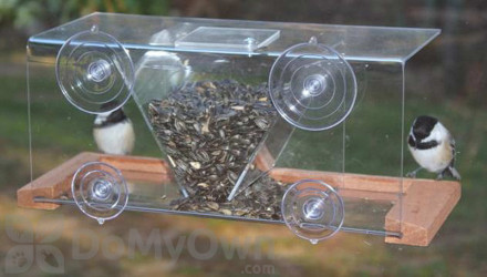 Songbird Essentials Window Bird Feeder 8 (SE538)